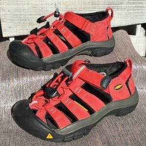 Keen size 11 childrens sandal